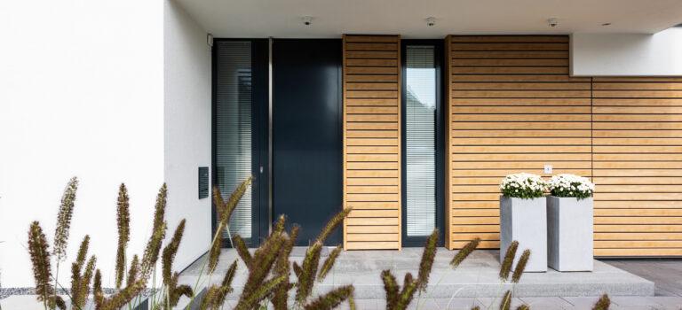 Supermatte Dekore machen die Fassade noch naturgetreuer