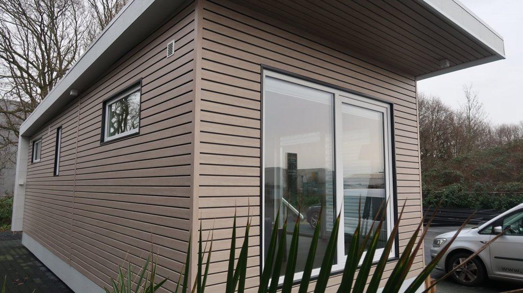 mobilheim mit Kunststofffassade